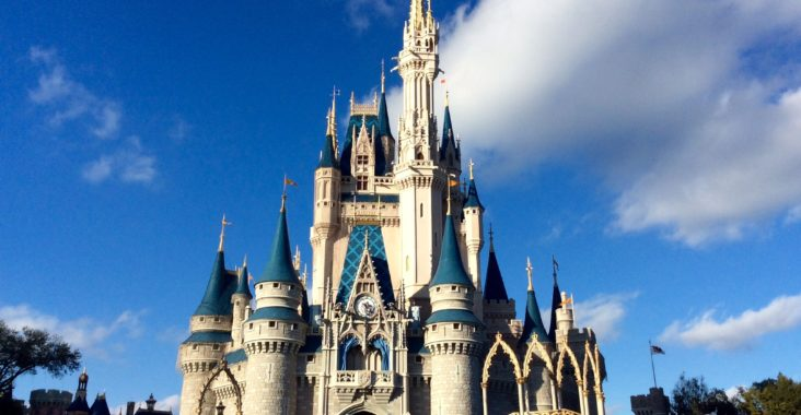 cinderella_castle_at_magic_kingdom